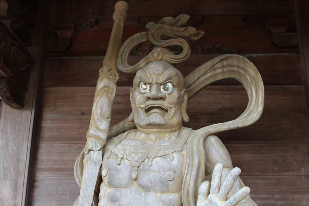 Eikokuji_Wooden statues(right)