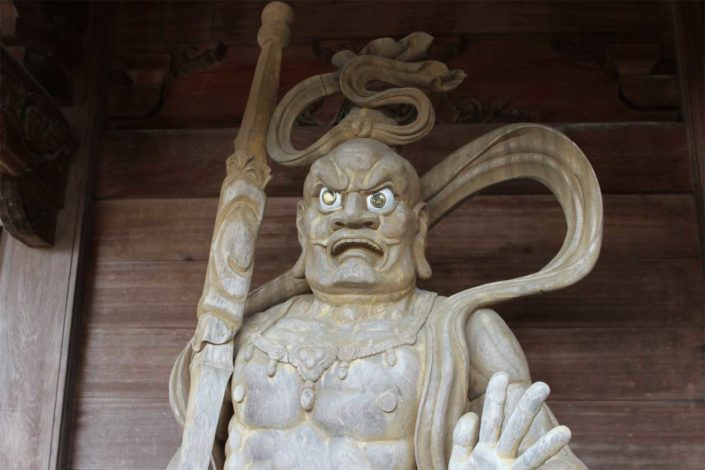 Eikokuji_Wooden statues(right)