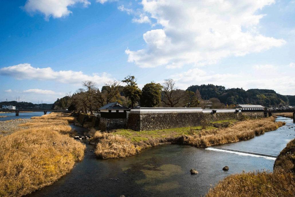 hitoyoshi_castle_autumn