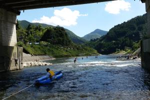 水質日本一の川辺川