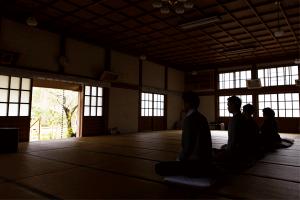 新宮寺 座禅体験